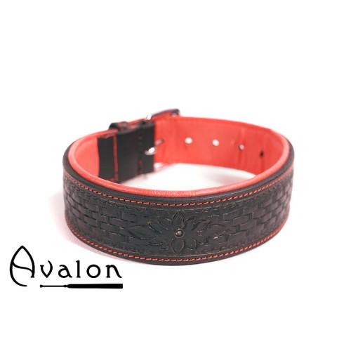 Avalon - JOURNEY - Collar med nydelig mønster - Sort og Rødt